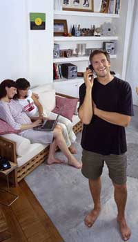 La telefonía móvil superará a la fija en 2007