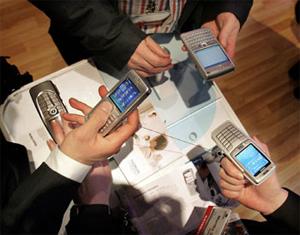 La CMT reduce a la mitad el precio de terminación de los operadores móviles