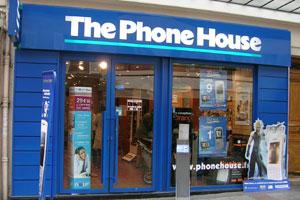 Yoigo suple la ausencia de tiendas propias gracias a The Phone House