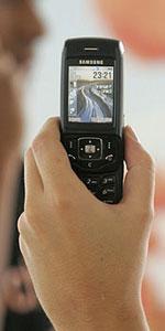 Orange lanza un teléfono que funciona como fijo y móvil