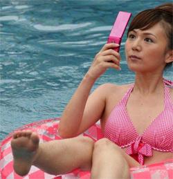 El móvil, culpable de que no desconectemos en vacaciones