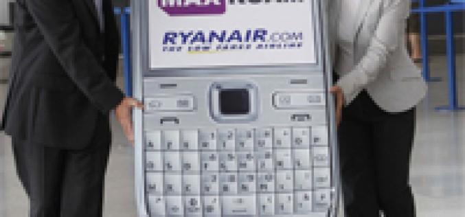 Las tarifas para llamar desde un avión dejan de estar por las nubes