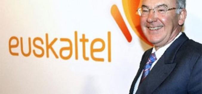 José Antonio Ardanza deja la presidencia de Euskaltel