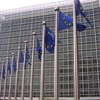 Bruselas pretende adelantar el recorte de los precios de interconexión