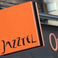Desde Jazztel descartan la fusión con Orange... al menos por ahora.