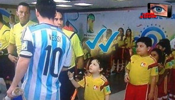 [Llamada de atención]:  Este niño ya descubrió durante el pasado Mundial de Brasil lo que significa ser ignorado.