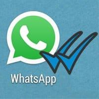 El doble check azul de WhatsApp, por el momento, no puede ser desactivado.