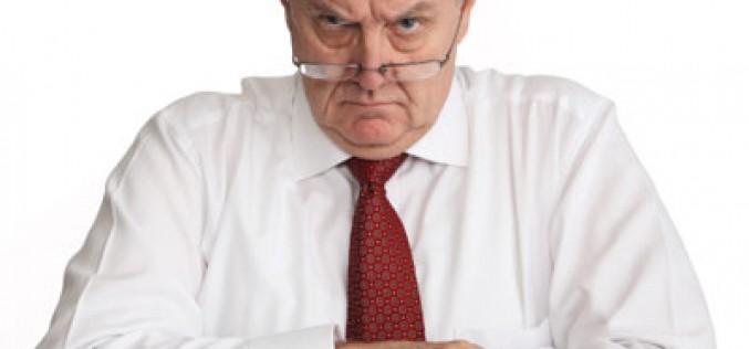 Grabar a tu jefe con el móvil mientras te despide es legal
