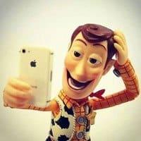 Los selfies, lejos de pasar de moda siguen llamando la atención de los fabricantes de smartphones.
