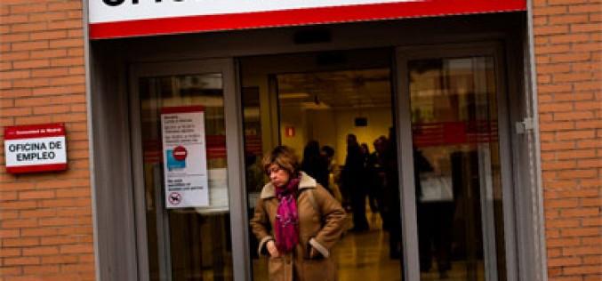Los sindicatos piden a Competencia que se invierta «en redes y personas»