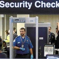 La Comisión Europea intensifica el control en el equipaje de mano.