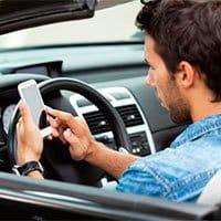La tecnología móvil avanza, pero las distracciones son las mismas