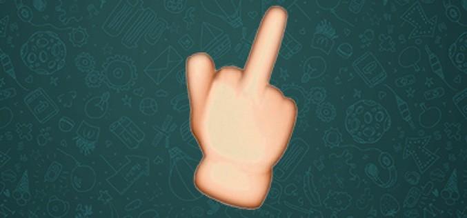 La «peineta» ya disponible como emoticono oficial en WhatsApp