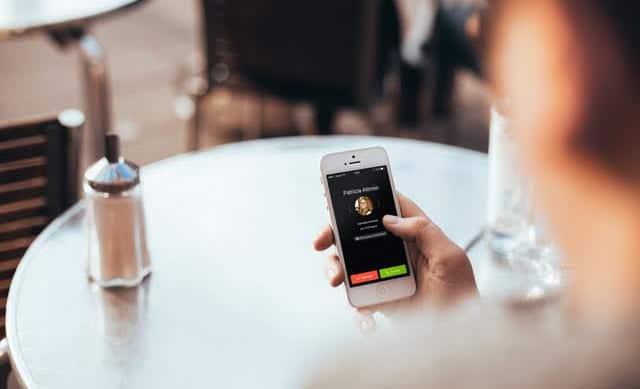Hace tiempo que .Tuenti permite al usuario realizar y recibir llamadas usando su número de teléfono aún cuando no hay cobertura o no se dispone de la tarjeta SIM.