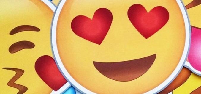 El último virus de WhatsApp se viste de emoticono