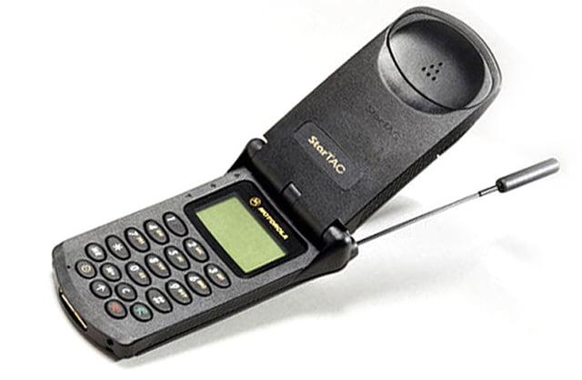 El Motorola StarTAC es uno de esos móviles que pasarán a la historia.