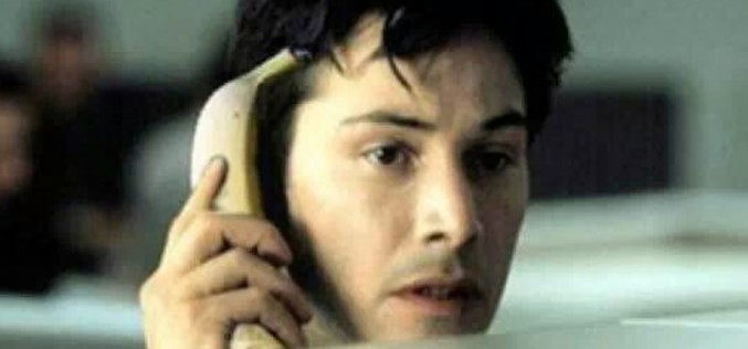 ¿Nos da vergüenza hablarle al móvil?