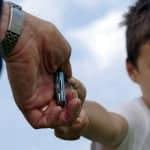 los padres e hijos y la relación con el teléfono móvil
