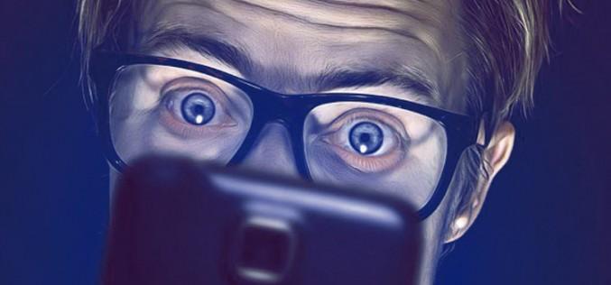 ¡No sin mi móvil! El 70% de los españoles no sale de casa sin revisar que lleva el smartphone