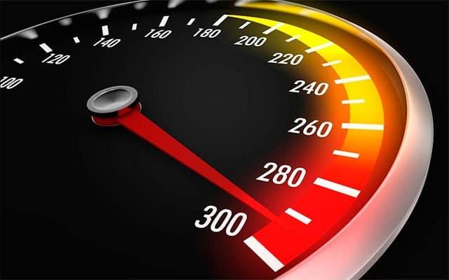 velocidad de la fibra óptica