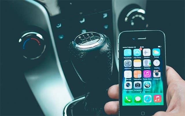 coches-y-smartphone-2