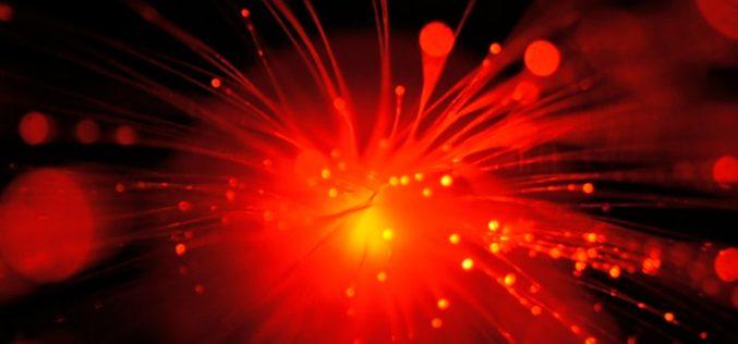 La fibra óptica indirecta acelera hasta los 300Mbps
