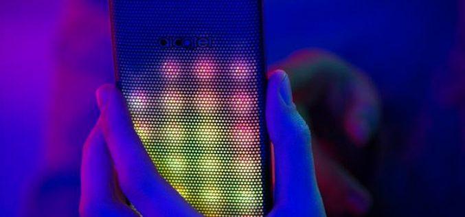Alcatel pone color al mercado móvil con su A5 LED