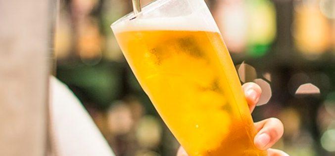 El precio del fútbol en los bares con Movistar+ sube como la espuma