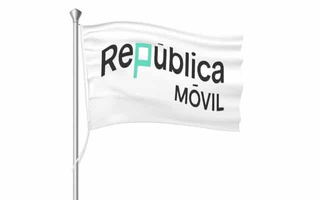 Orange cierra Republica Móvil