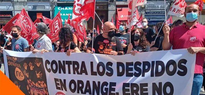 Plan de prejubilaciones, menos despidos… Los sindicatos plantan cara al ERE de Orange