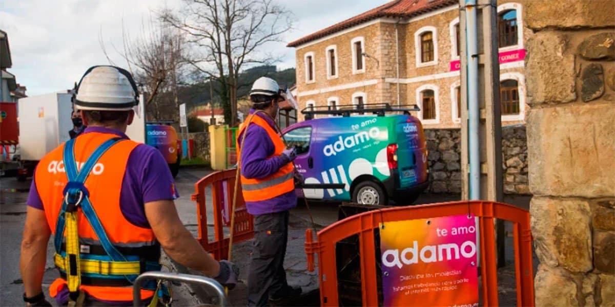 Inversión fibra óptica Adamo pueblos España