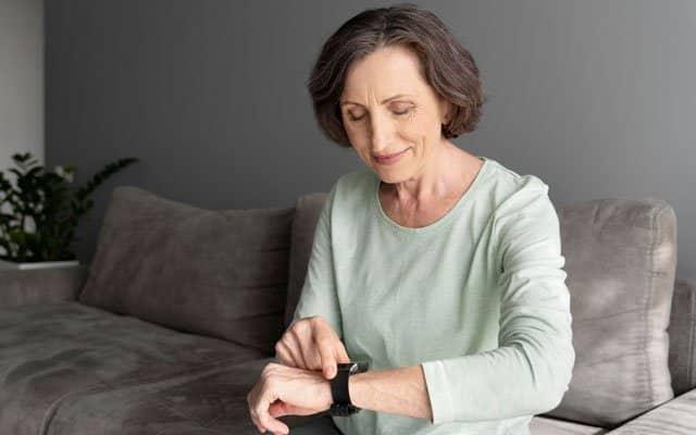 mejores tarifas para smartwatches para personas mayores