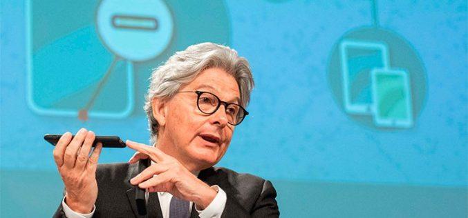 La Comisión Europea no se olvida del cargador único