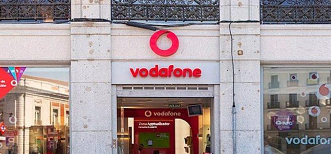 Vodafone estudia echar el cierre a sus tiendas propias en España